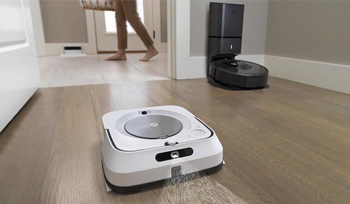 ロボット掃除機「ルンバ」の掃除が完了すると「ブラーバ」が拭き掃除を開始するように連携